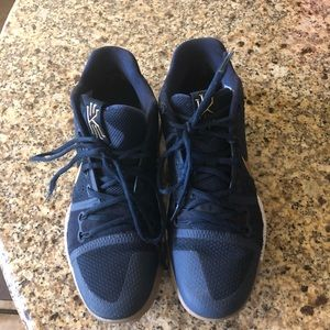 Nike Kyrie 3 Navy And Gold Size 9.5